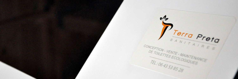 Header diaporama utilisé sur le site Terra Preta Sanitaires, entreprise spécialisé dans les toilettes sèches mobile et fixe créer par Charley Meignant.