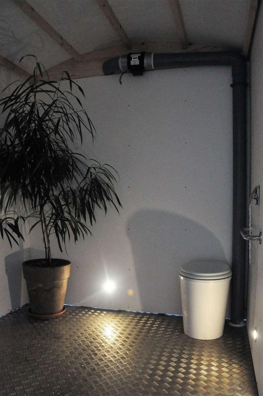 cabine toilette sèche mobile PMR Terra Preta Sanitaires