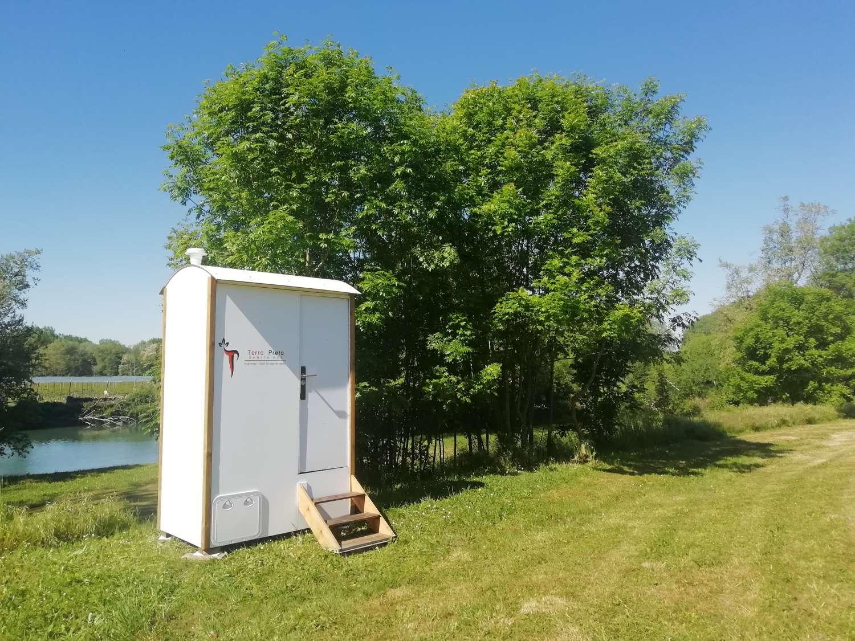 cabine toilette sèche 100 % autonome